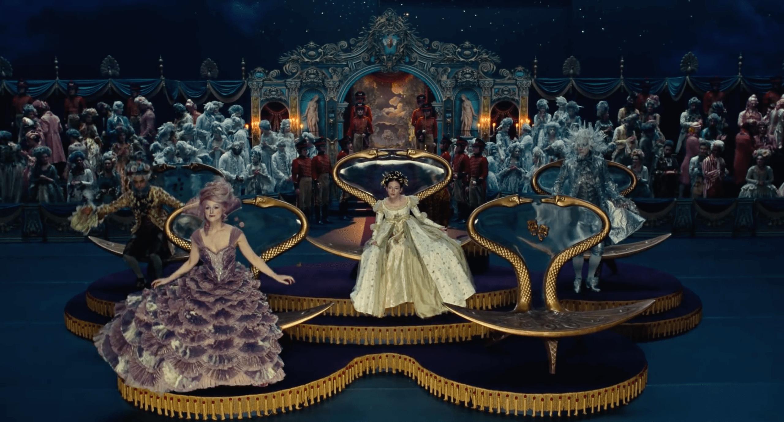 Lo Schiaccianoci e i Quattro Regni diretto da Lasse Hallström e Joe Johnston