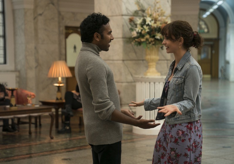 Himesh Patel e Lily James in Yesterday