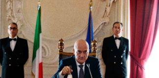 Claudio Bisio in Bentornato Presidente