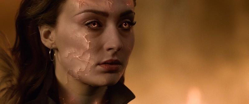 Jean Grey/Dark Phoenix fatica ad arginare la sua potenza