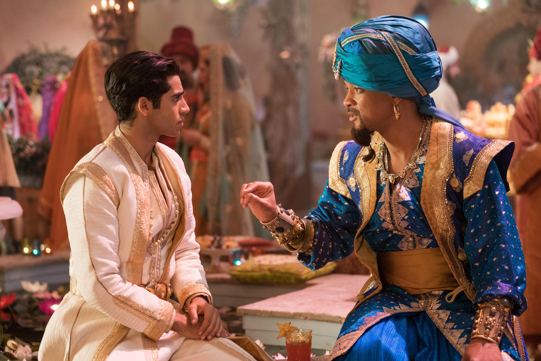 Aladdin (Mena Massoud) e il Genio (Will Smith)