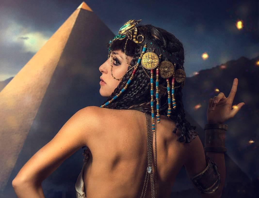 Ambra Pazzani Cleopatra
