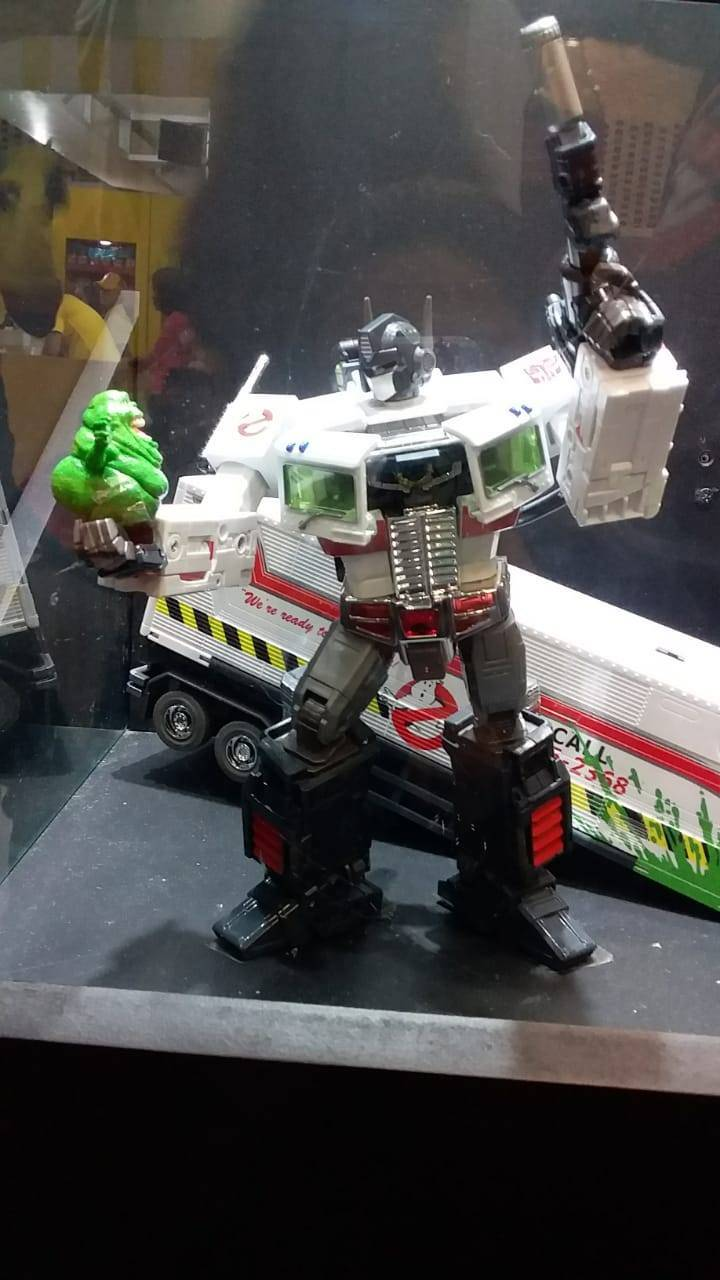 Hasbro Ecto-35 figure Ghostbusters x Transformers