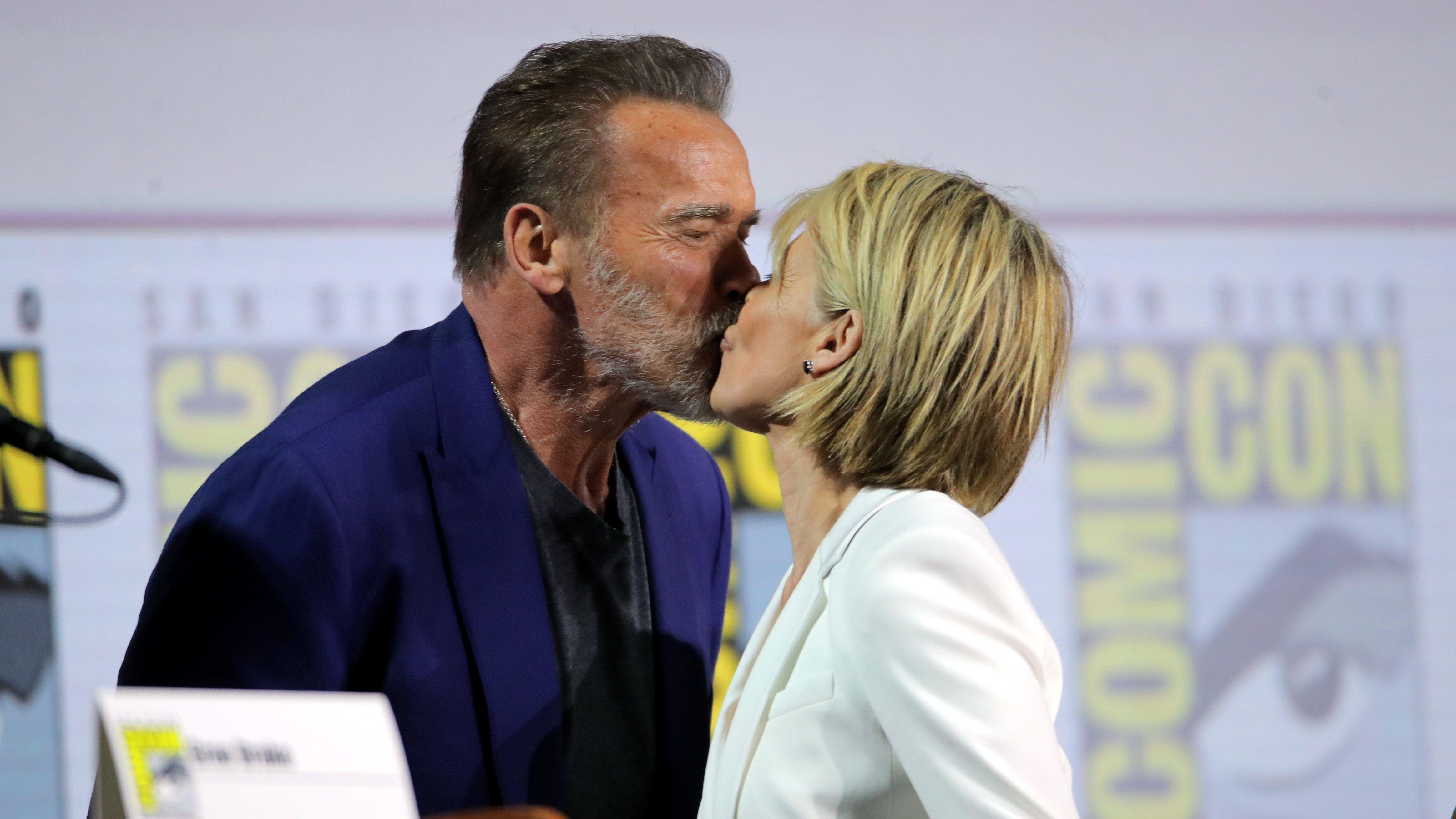 Arnold Schwarzenegger e Linda Hamilton