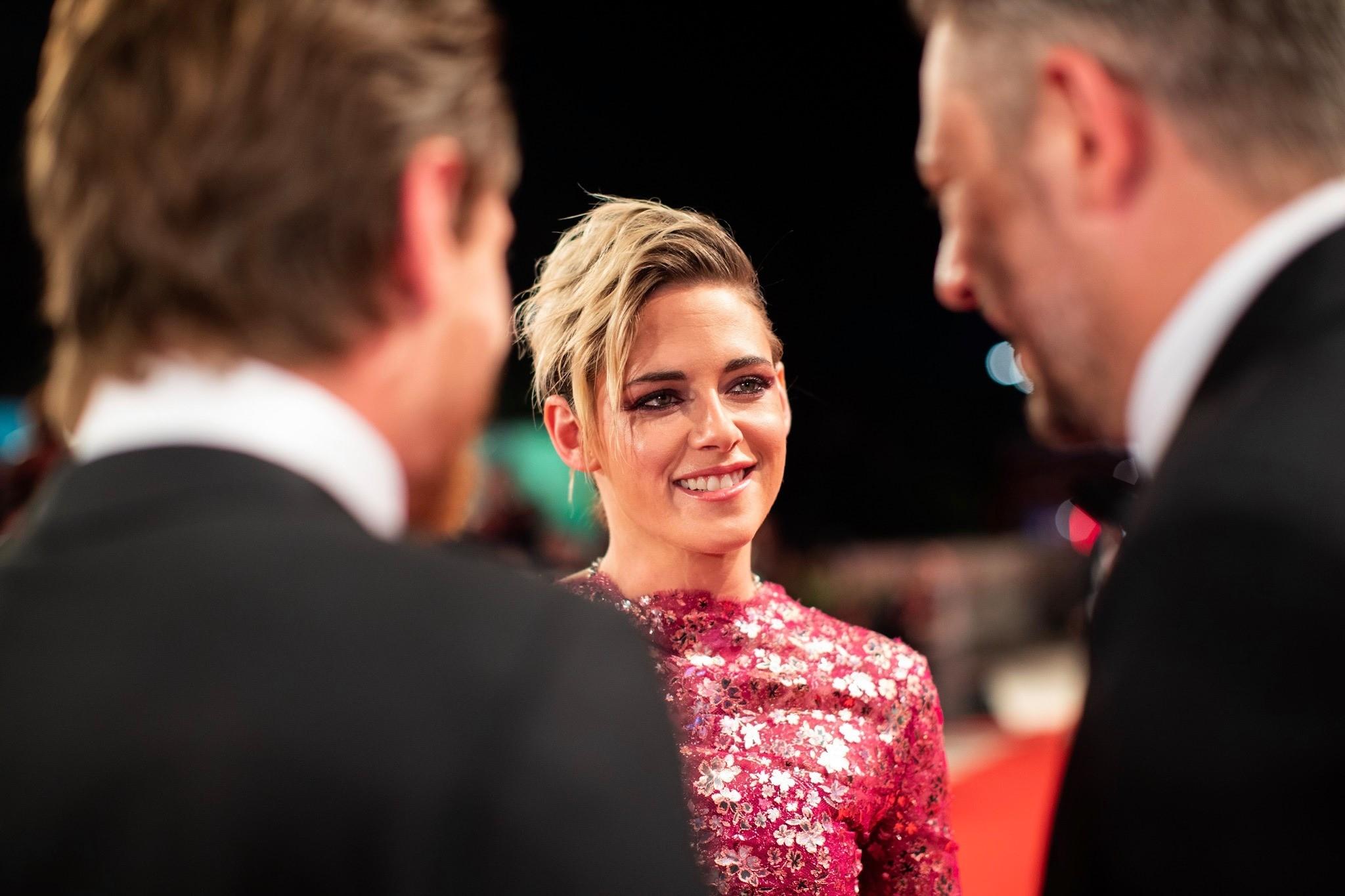 Kristen Stewart sfila a Venezia con Seberg