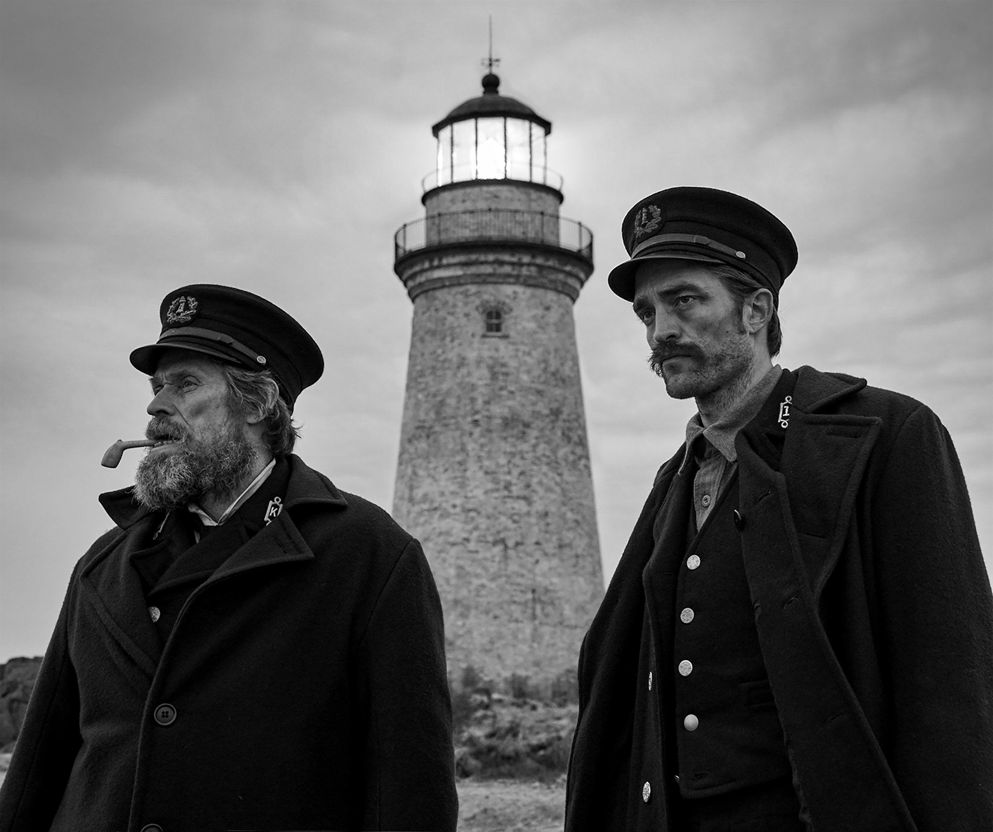 Willem Defoe e Robert Pattinson in The Lighthouse