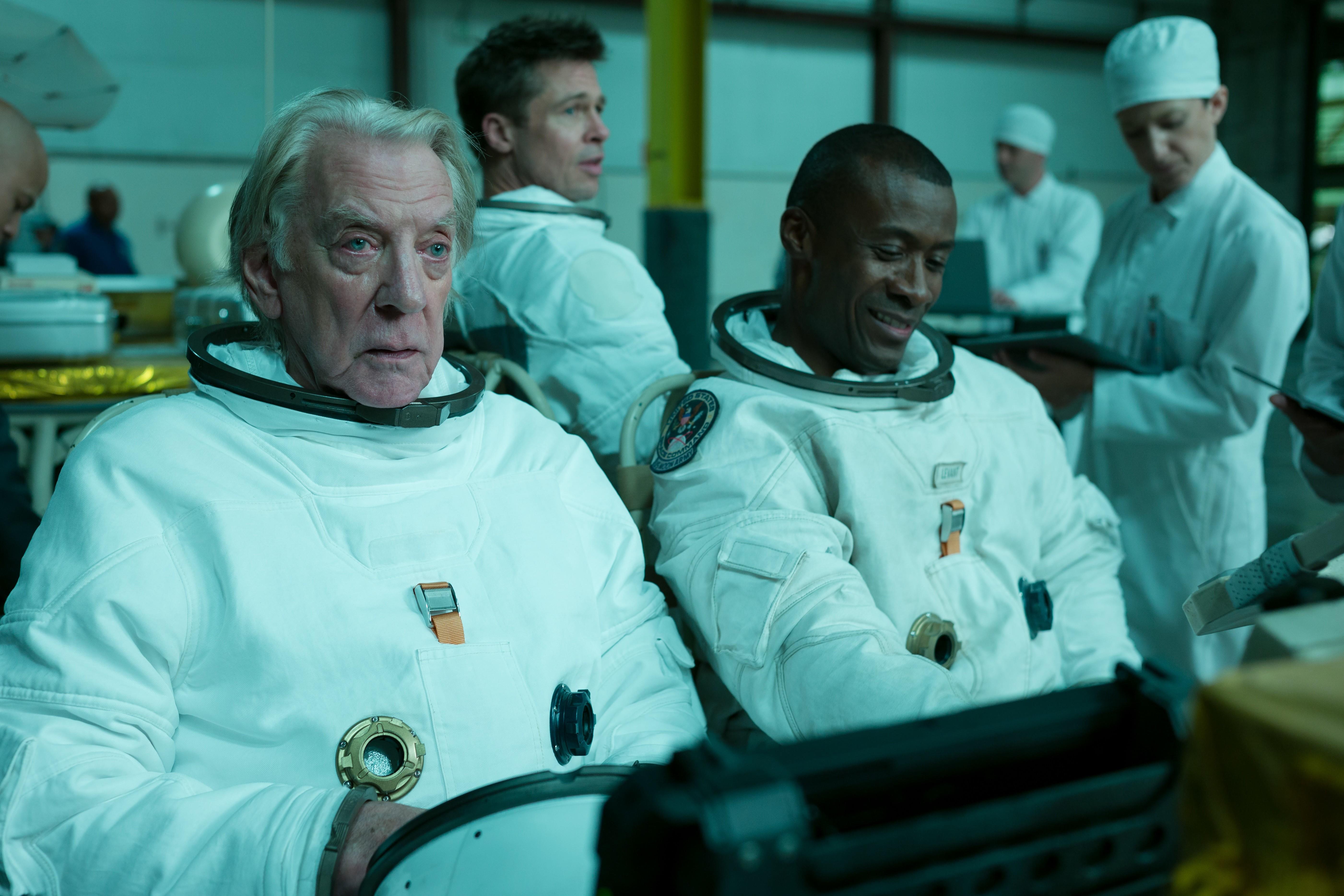 Donald Sutherland, Brad Pitt e Sean Blakemore