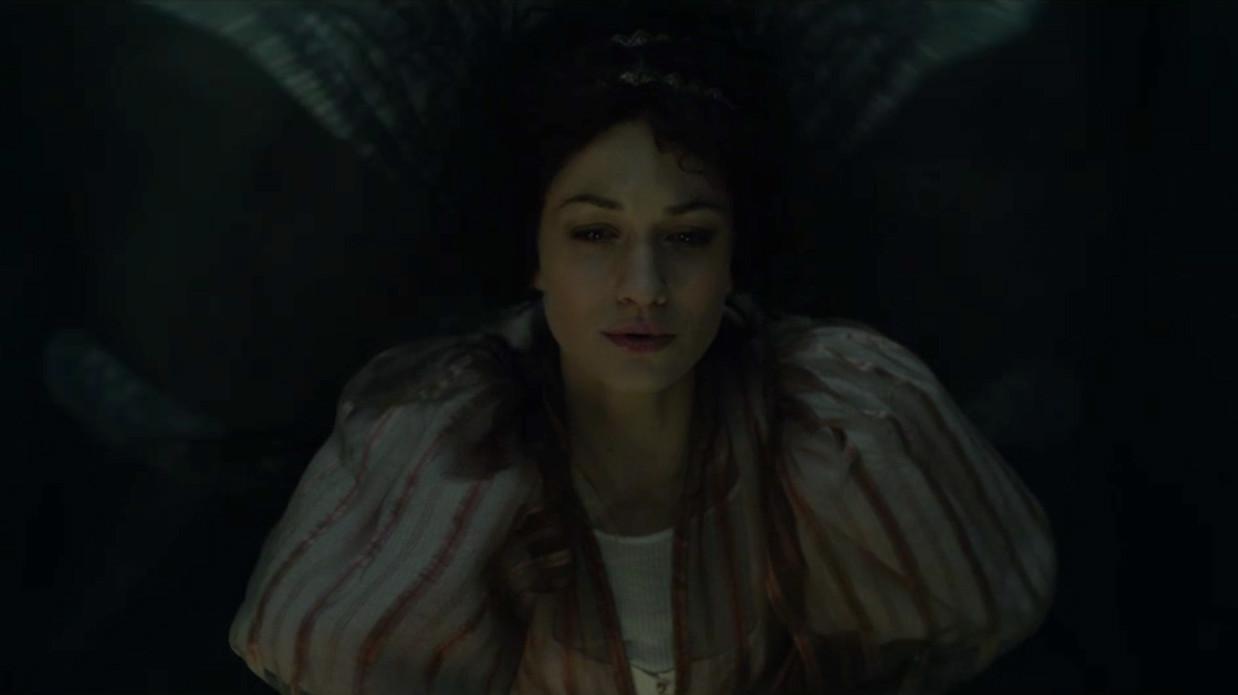 Aisling Querelle (Erika Stárková)