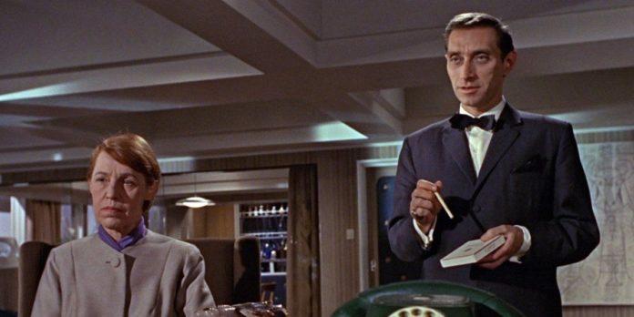 Rosa Klebb e Kronsteen in A 007, dalla Russia con amore