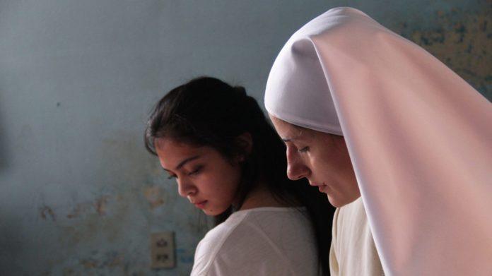 Maternal recensione del film di Maura Delpero