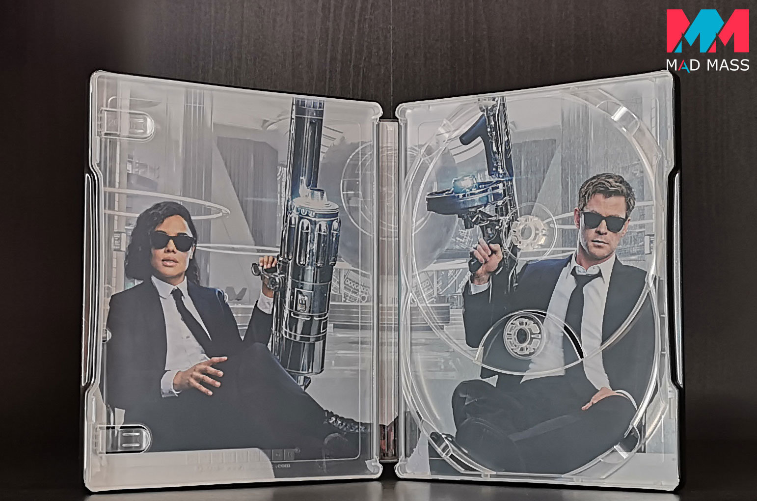 Men in Black International in steelbook 4K Blu-ray + Blu-ray