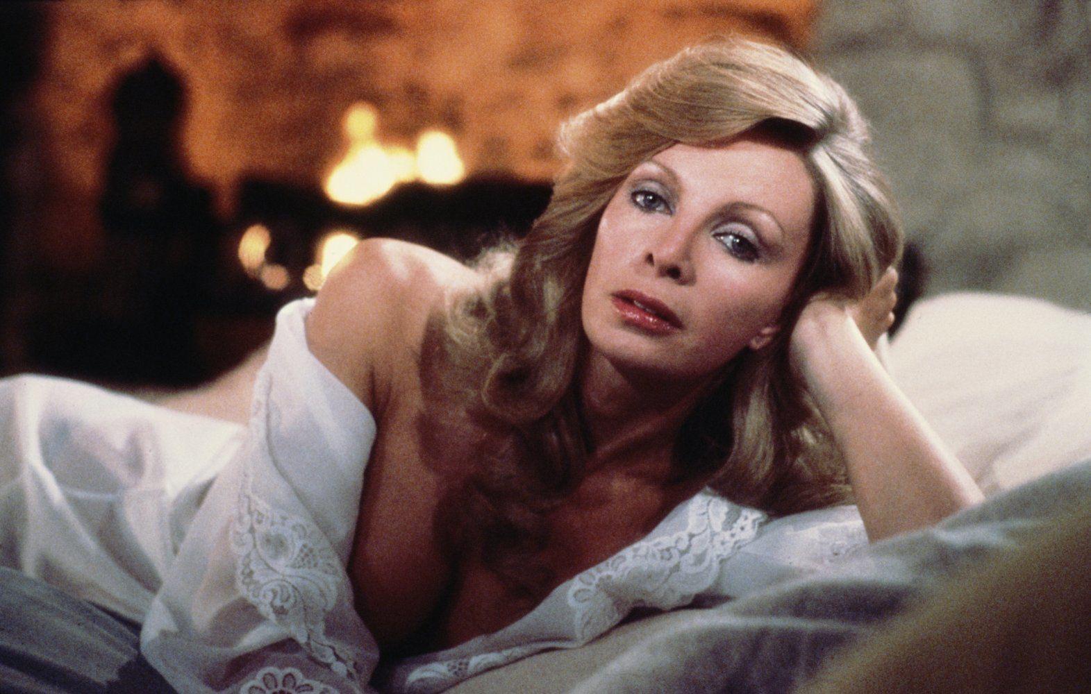Cassandra Harris è Lisl Von Schlaf in Solo per i tuoi occhi