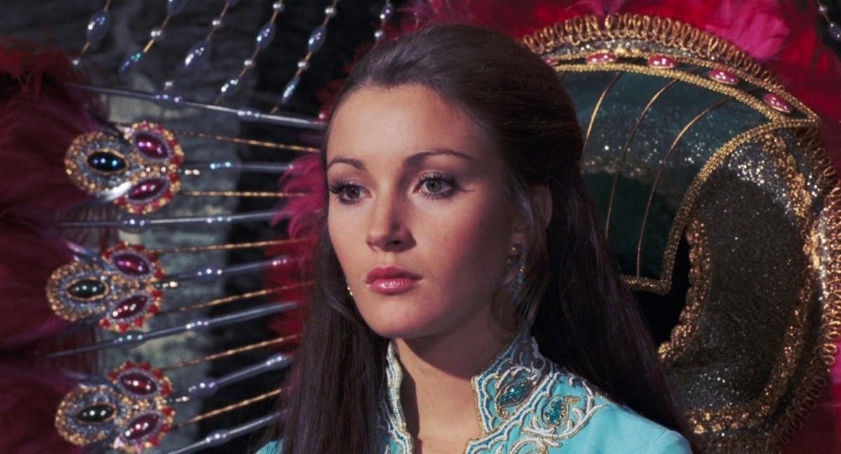 Jane Seymour interpreta Solitaire in Agente 007 - Vivi e lascia morire