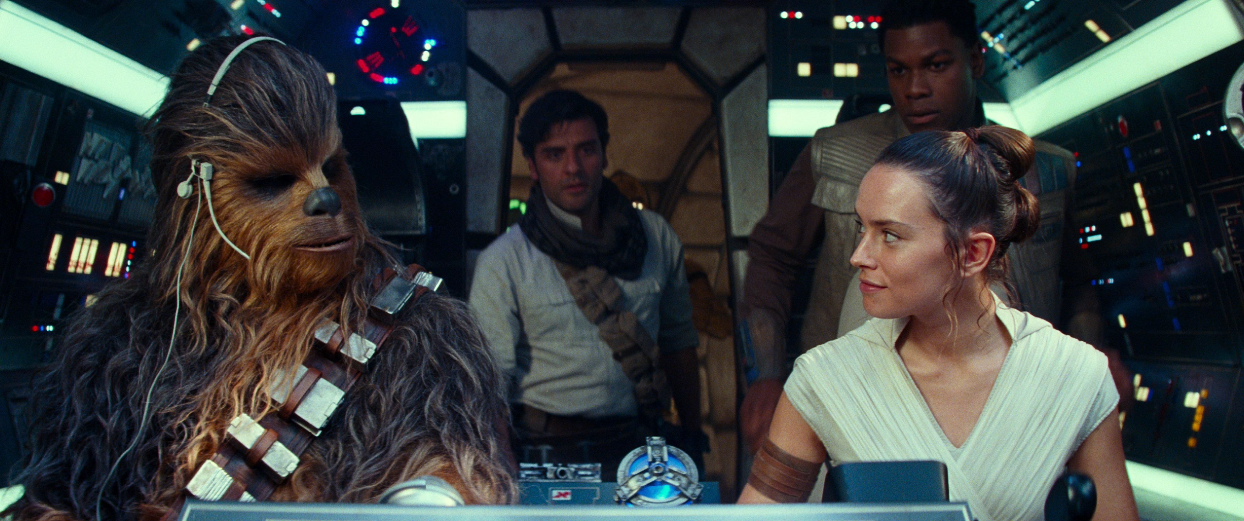 Chewbecca, Poe, Rey e Finn