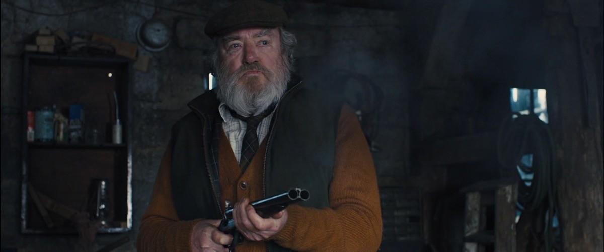 Albert Finney nel ruolo di Kincade in Skyfall
