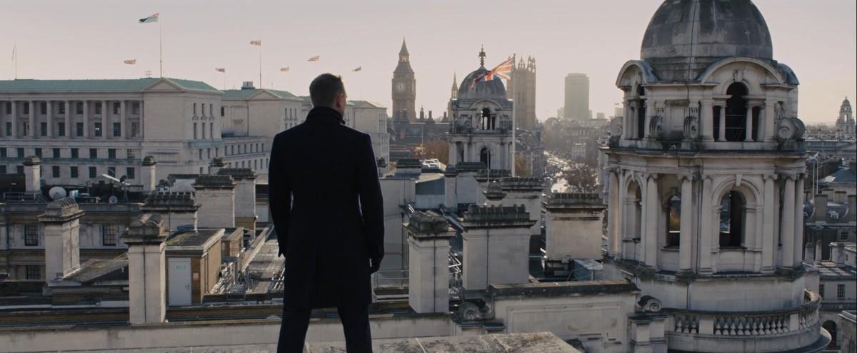 James Bond difensore della Gran Bretagna