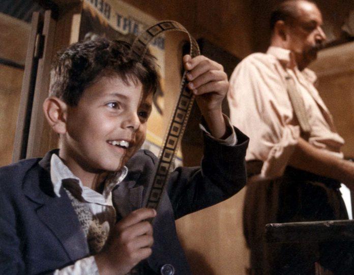 Nuovo Cinema Paradiso: 30 anni fa l'Oscar al capolavoro di Giuseppe Tornatore