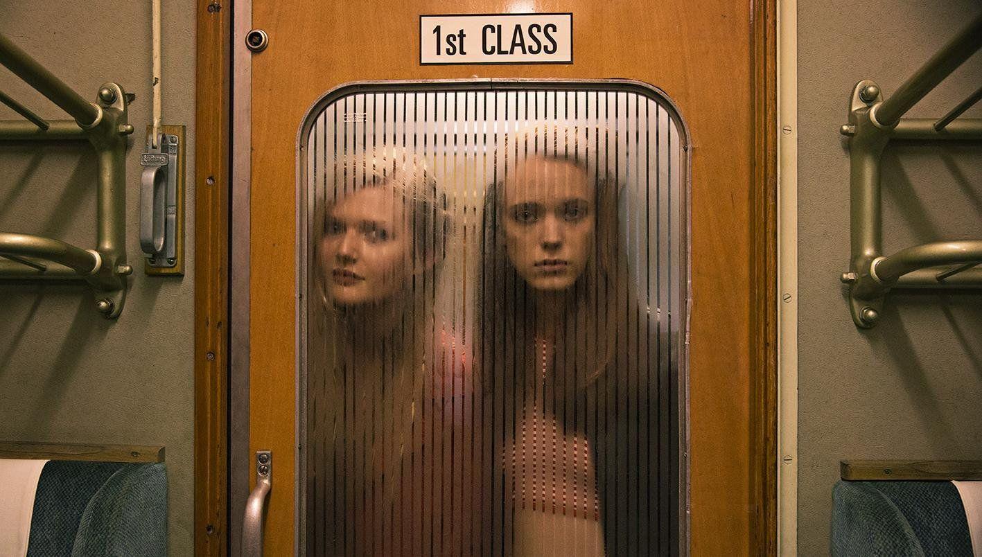 Sophie Kennedy Clark e Stacy Martin