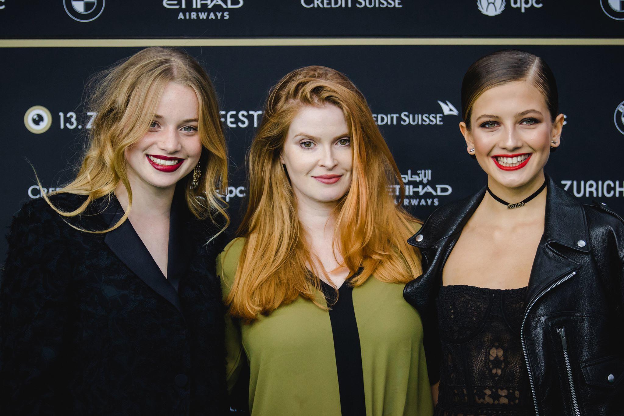 Luna Wedler, Lisa Brühlmann e Zoë Pastelle Holthuizen