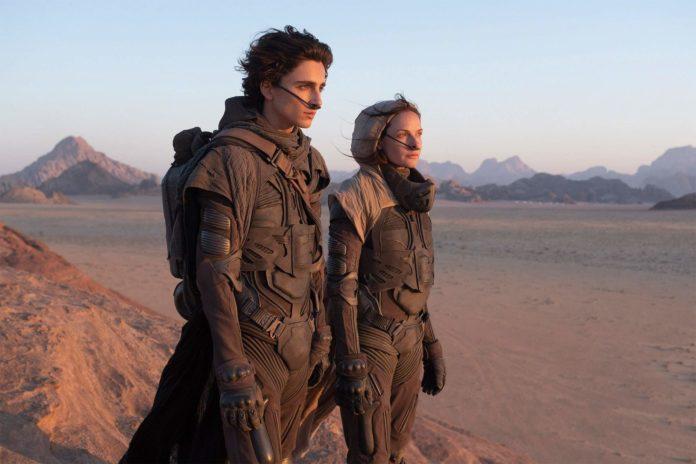 Timothée Chalamet e Rebecca Ferguson in Dune