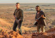 Josh Waters (Alex Russell) e Jay Shaw (Aaron Pedersen)
