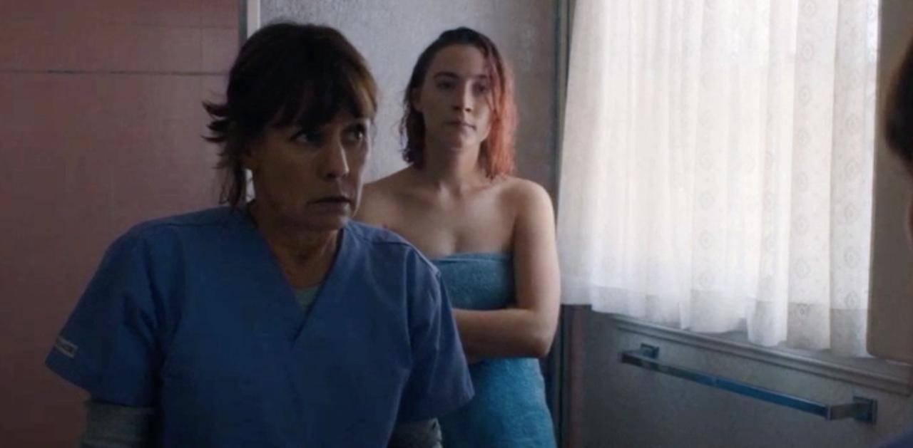 Laurie Metcalf e Saoirse Ronan