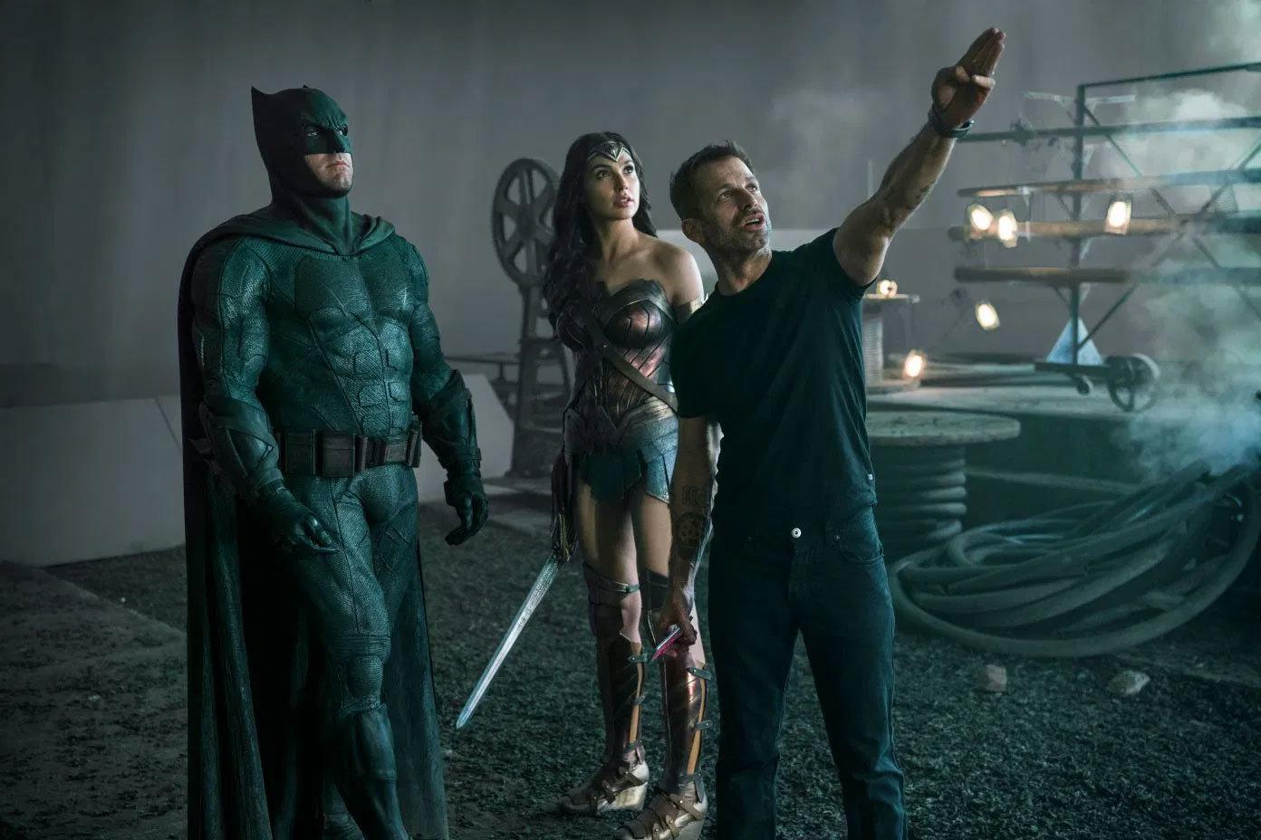 Ben Affleck, Gal Gadot e Zack Snyder fissano il miraggio della SnyderCut