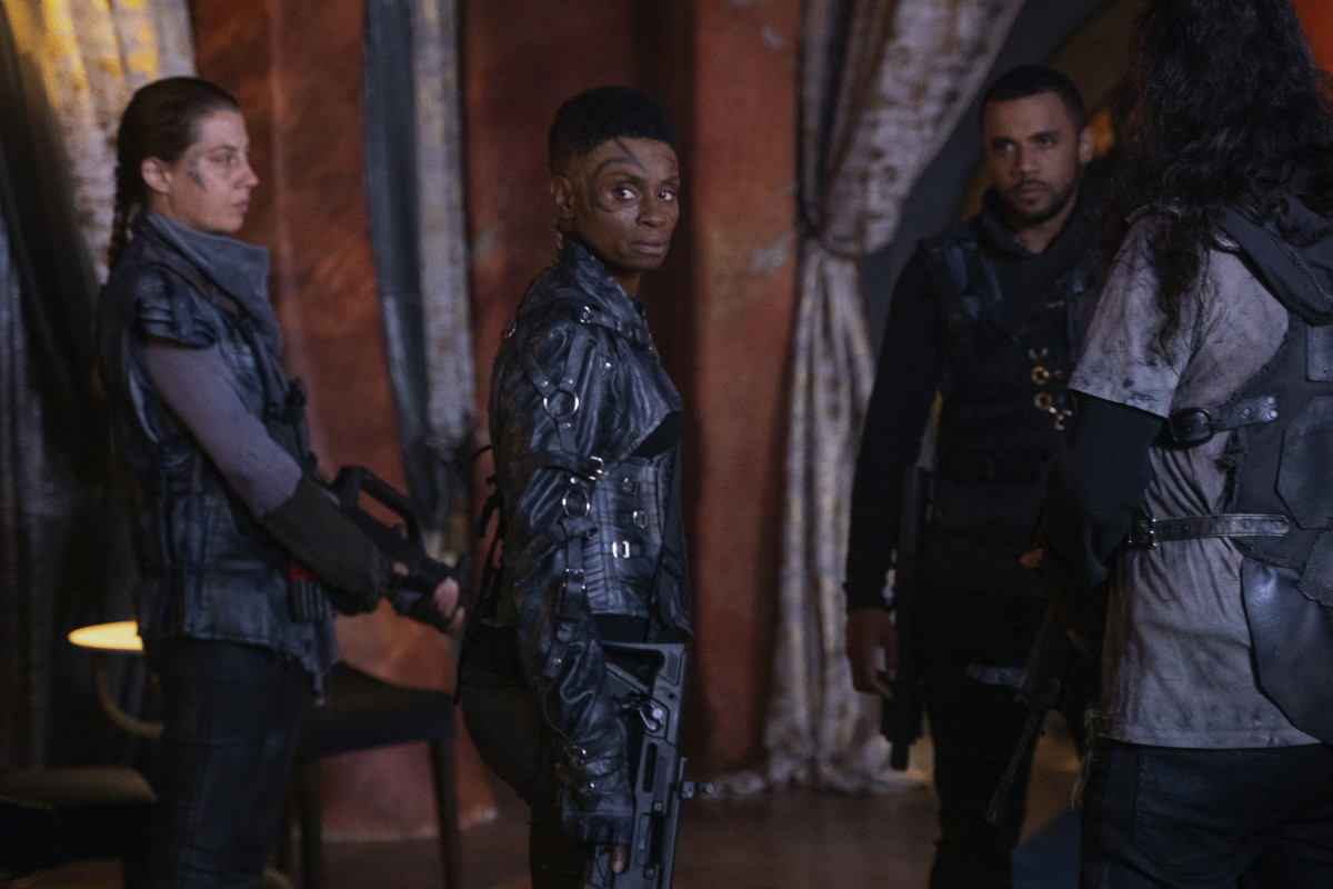 The 100 recensione 7x1 episodio 1 stagione 7 Dalle ceneri - From the Ashes