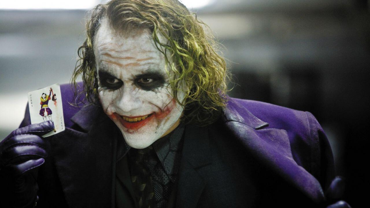 Il Cavaliere Oscuro omaggia Batman di Tim Burton