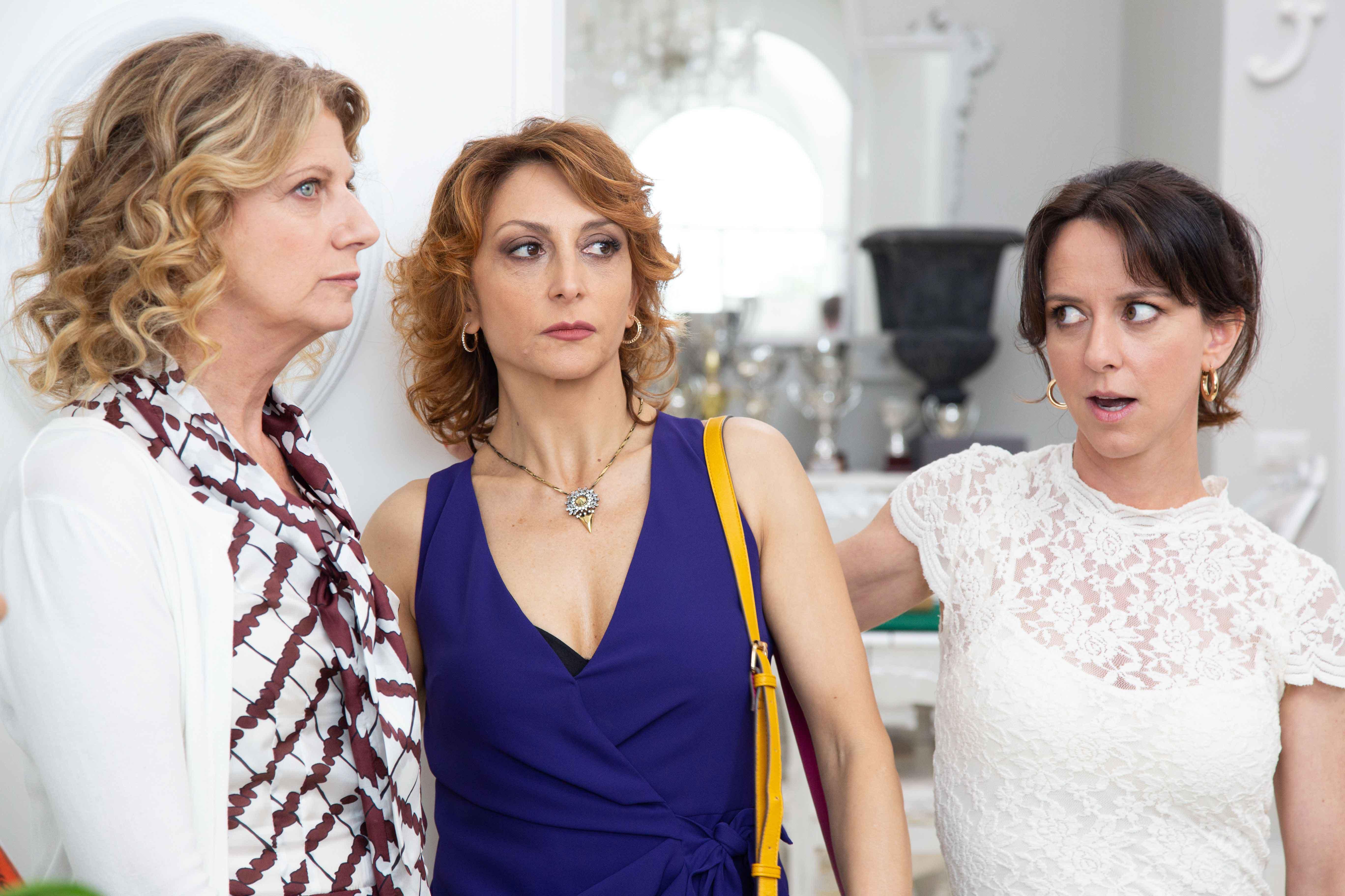 Angela Finocchiaro, Paola Minaccioni e Caterina Guzzanti