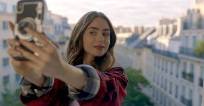 Emily in Paris recensione serie TV di Darren Star con Lily Collins