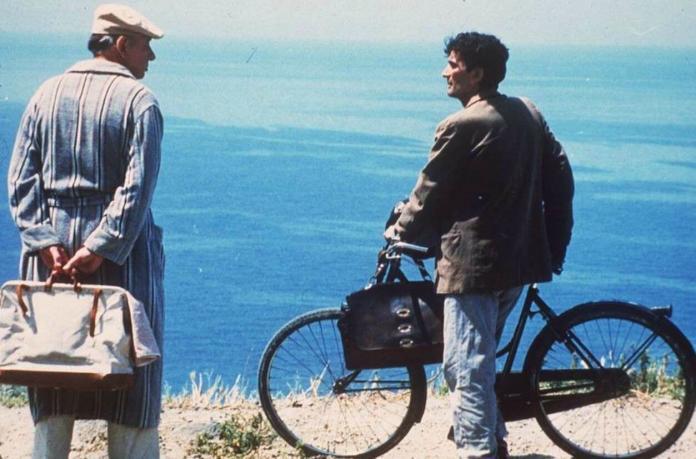 Il Postino recensione del film di e con Massimo Troisi
