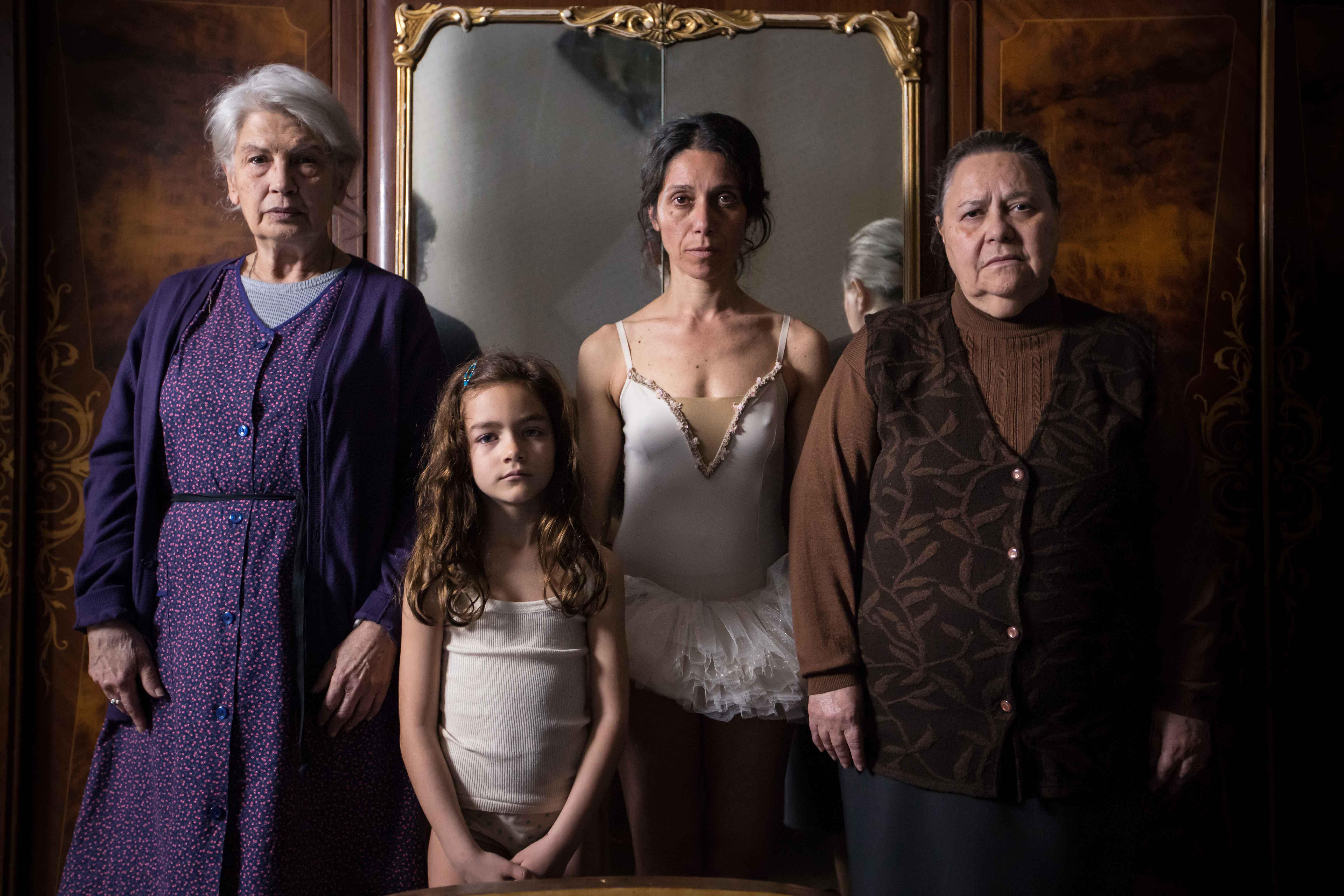 Le sorelle Macaluso recensione film Emma Dante Venezia 77