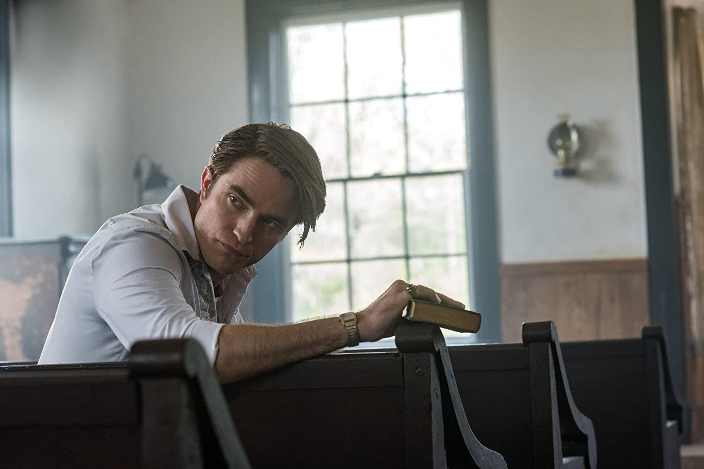 Robert Pattinson in Le strade del male