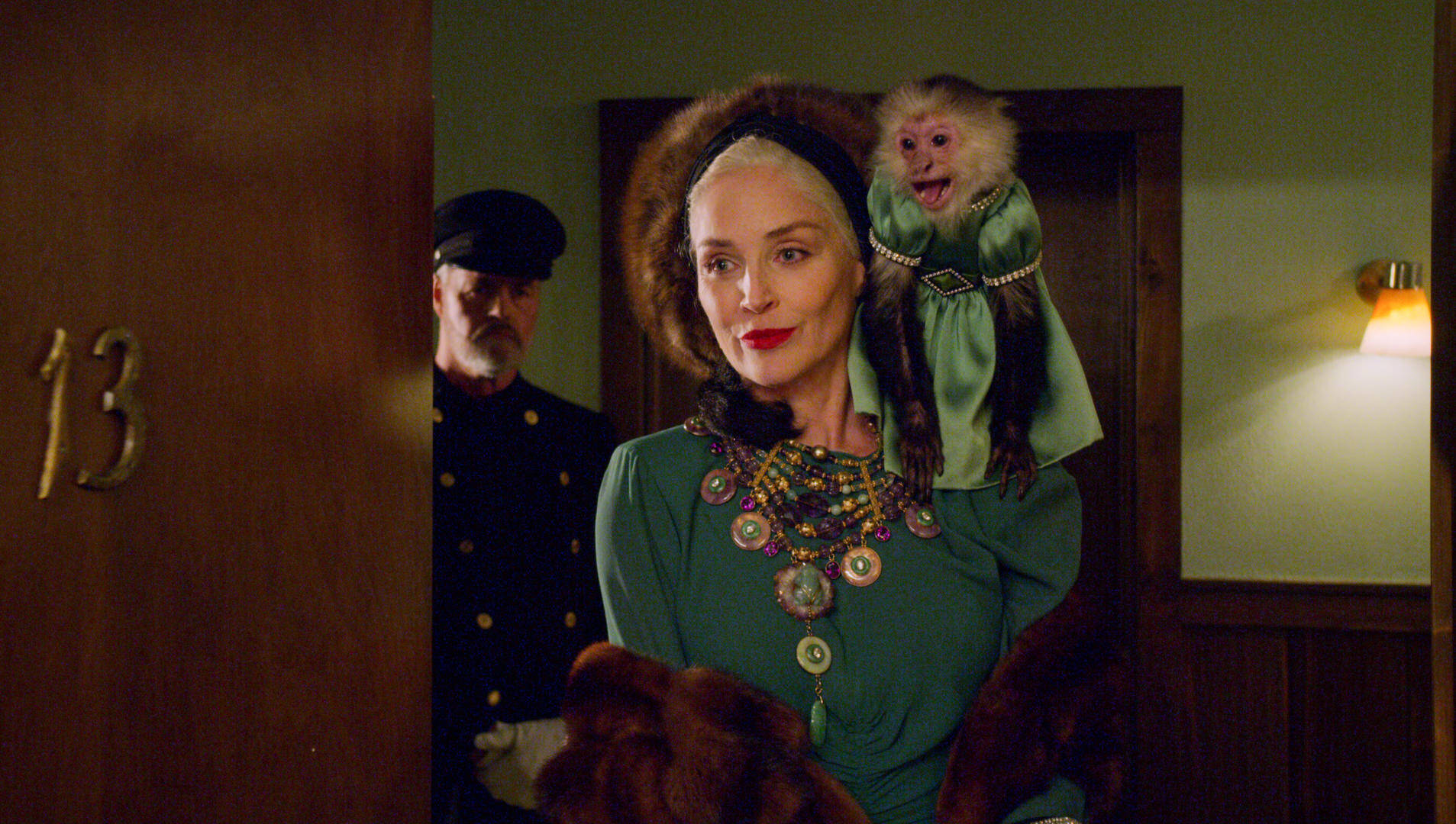 Sharon Stone è Lenore Osgood