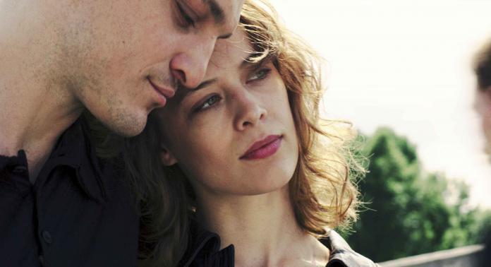Undine recensione film di Christian Petzold con Paula Beer