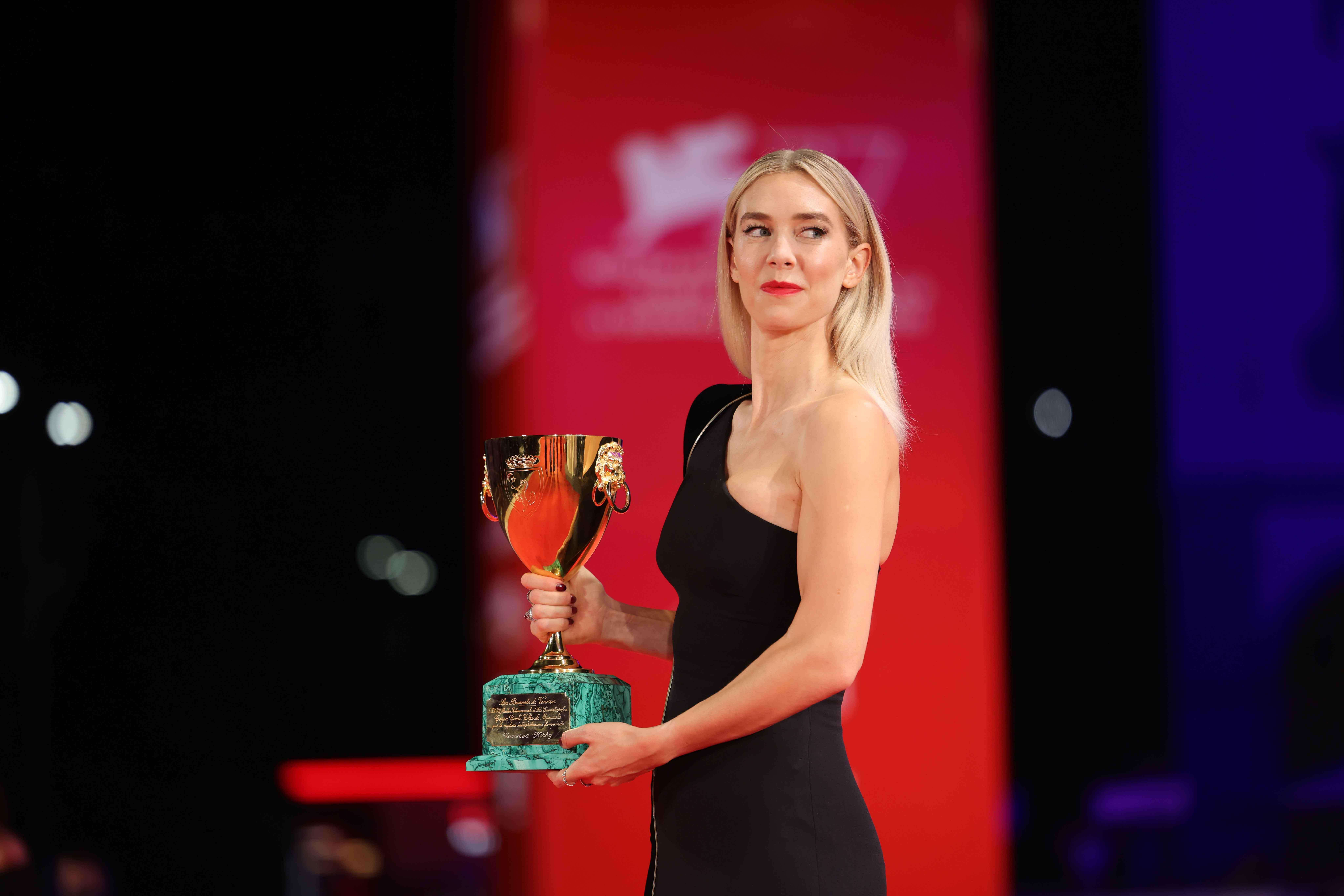 Coppa Volpi alla migliore attrice di Venezia 77 a Vanessa Kirby