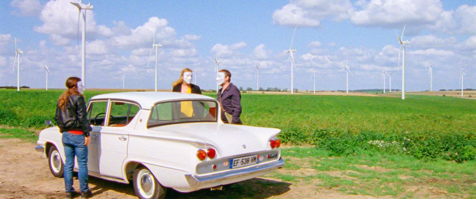 Imprevisti digitalirecensione film di Benoît Delépine e Gustave Kervern