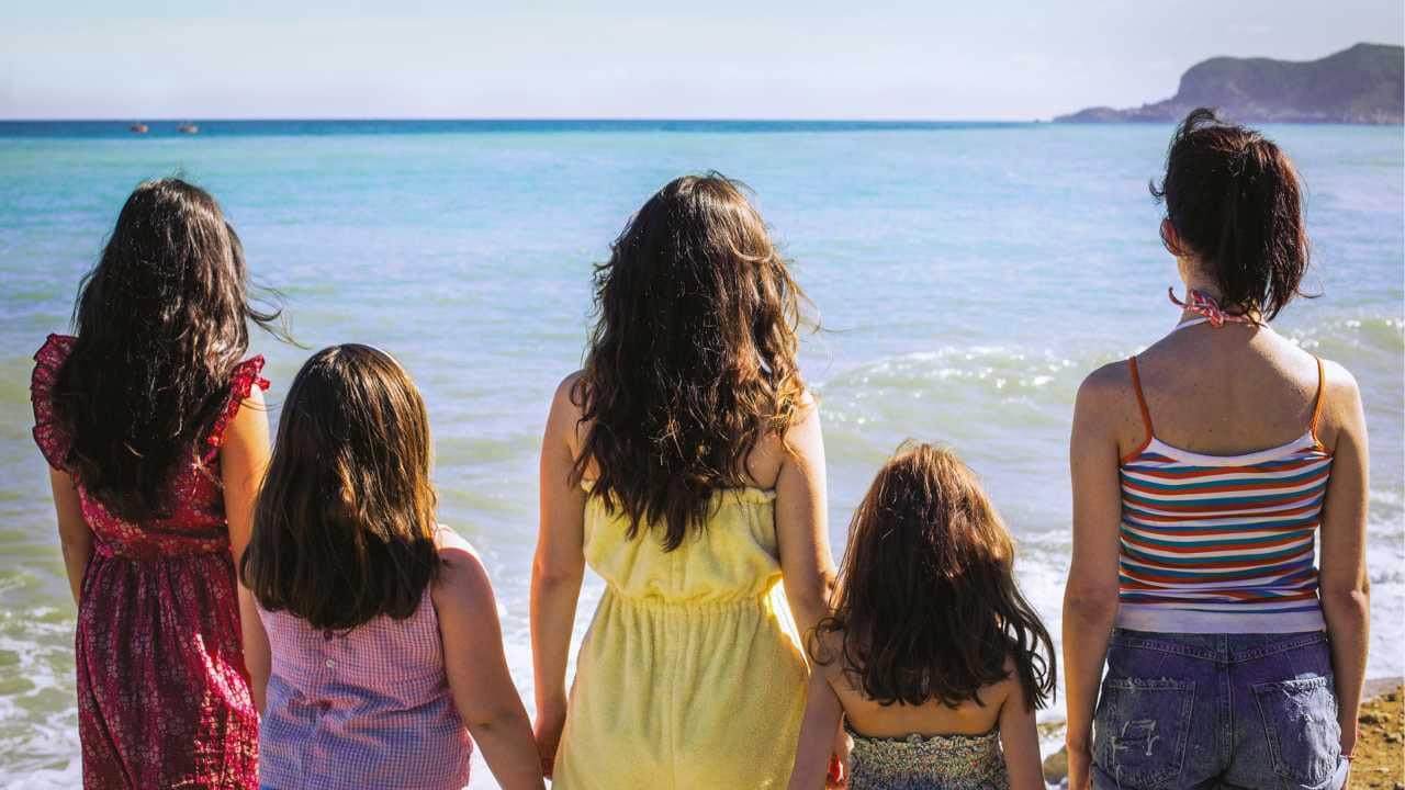 Il mare ne Le sorelle Macaluso di Emma Dante