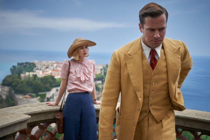 Rebecca recensione film Netflix con Lily James e Armie Hammer