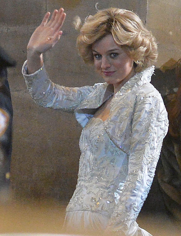 Emma Corrin è la Principessa Diana