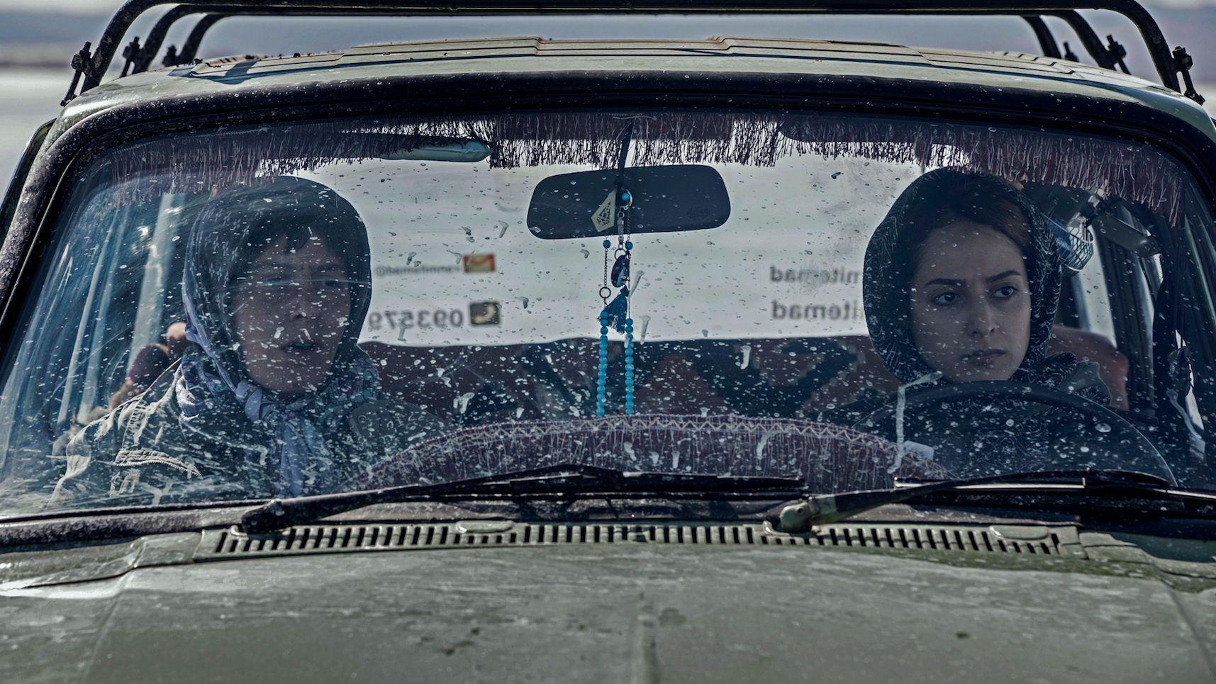 Botox recensione film di Kaveh Mazaheri con Sussan Parvar