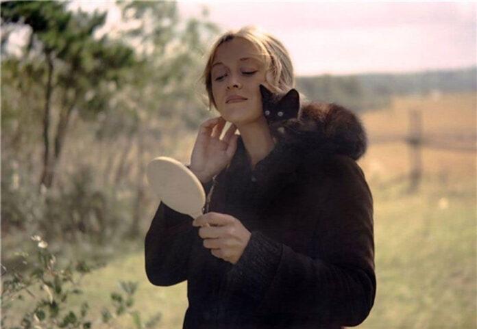 Lo specchio recensione film di Andrej Tarkovskij con Margarita Terekhova