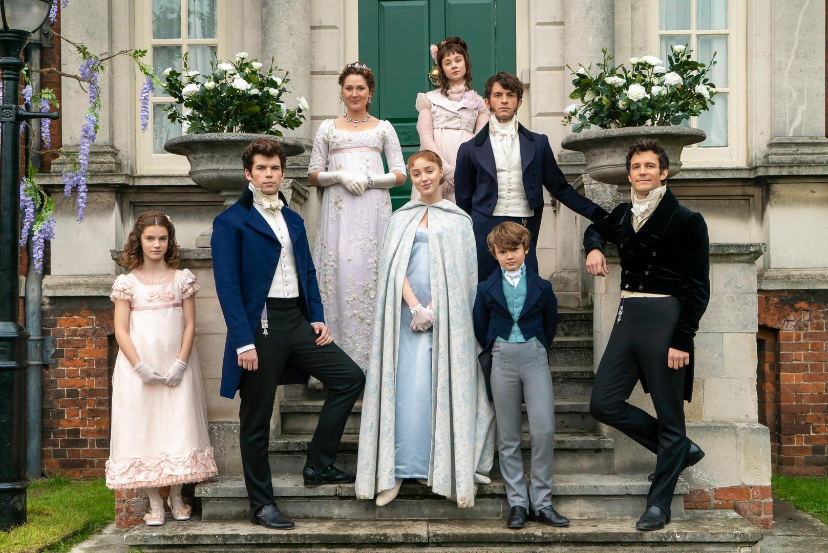Bridgerton recensione serie TV Netflix -Shondaland con Phoebe Dynevor e Regé-Jean Page