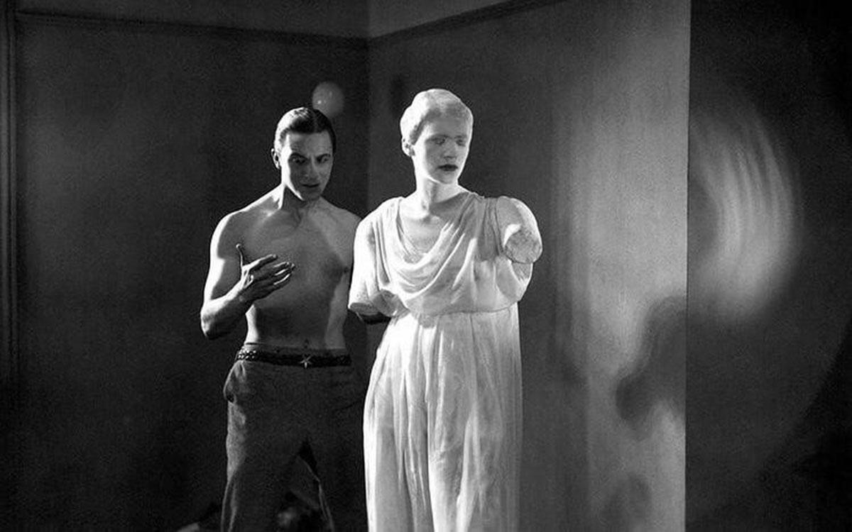 Il poeta e la statua in Le Sang d'un poète