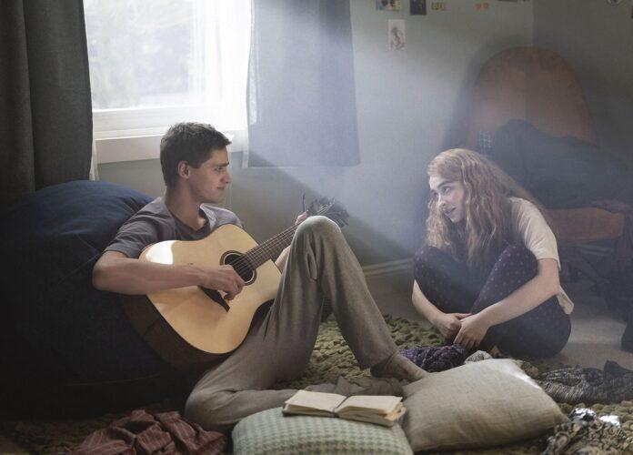 Nuvole recensione film Disney+ con Fin Argus e Sabrina Carpenter