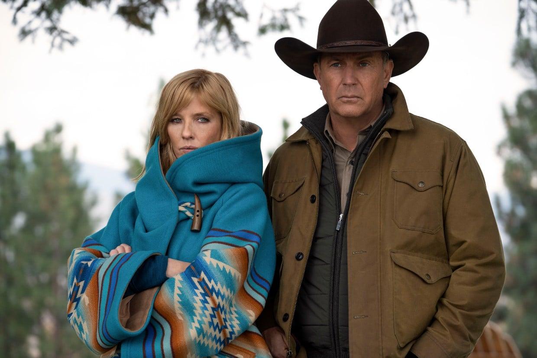 Kevin Costner e Kelly Reilly in una scena de Yellowstone 3