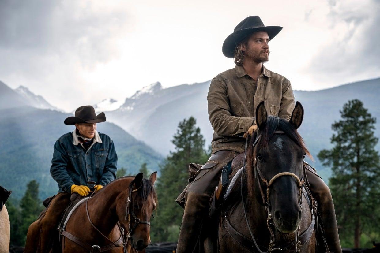 Luke Grimes in una scena di Yellowstone 3