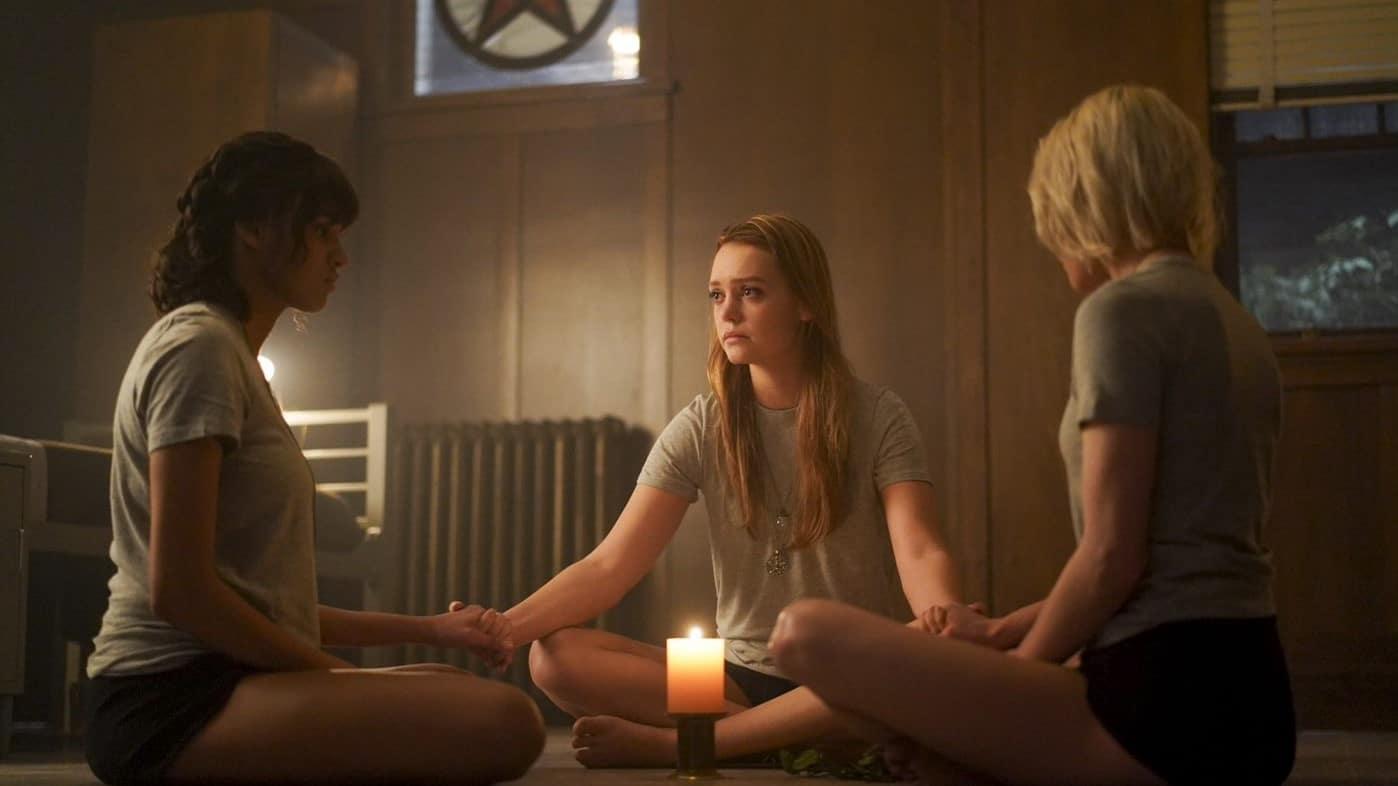 Jessica Sutton, Ashley Nicole Williams e Taylor Hickson