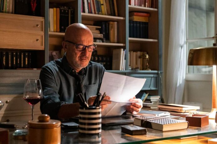 Tutta colpa di Freud recensione serie TV Amazon con Claudio Bisio